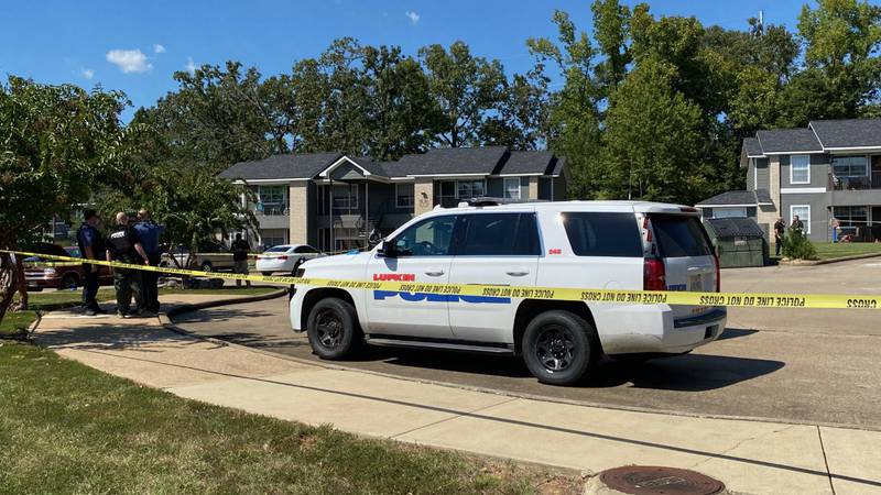 Scene of shooting at Lufkin apartment complex
