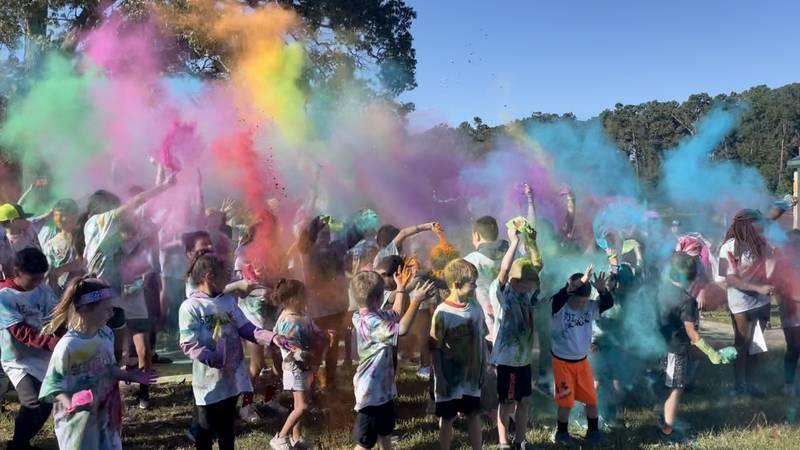 Children's color run at Ellen Trout Zoo