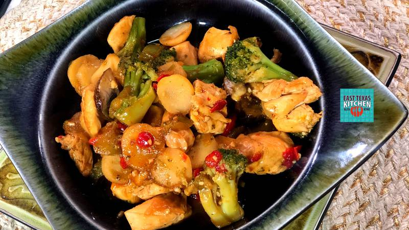 Chicken-vegetable stirfry by Mama Steph