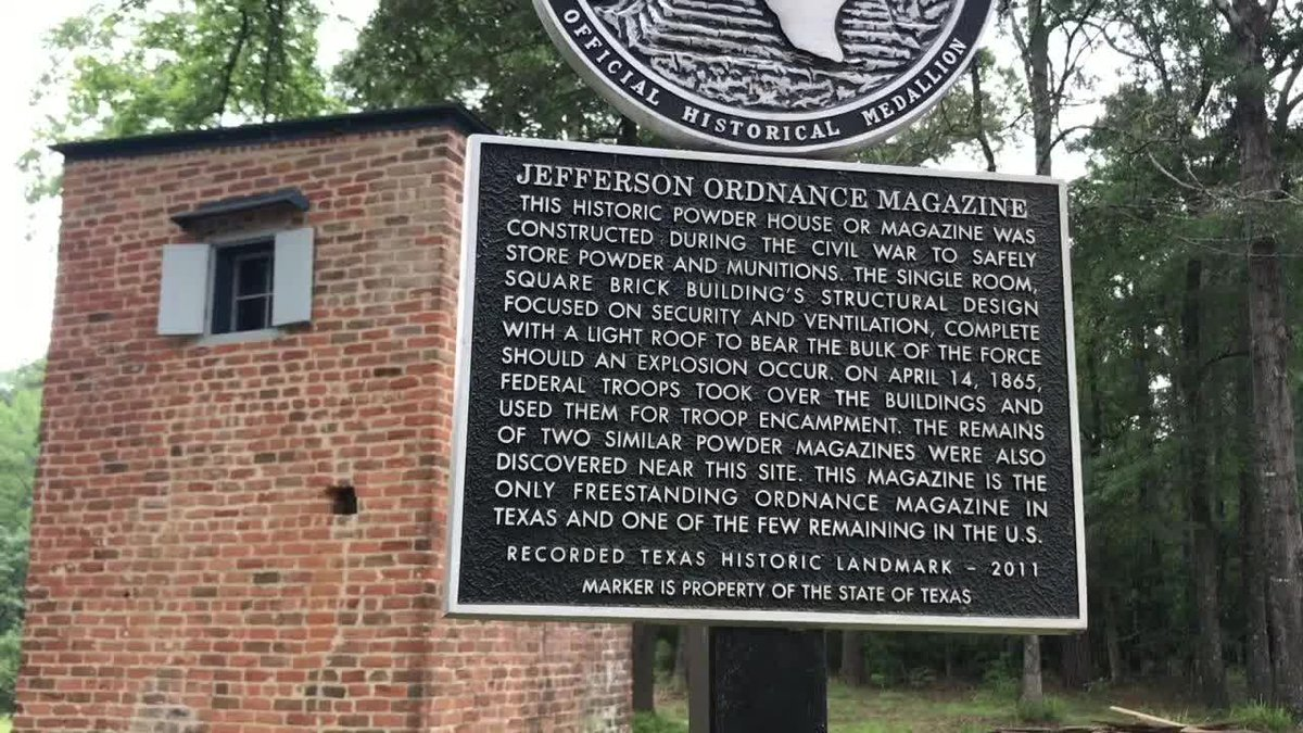 Jefferson Ordnance Battery and its historical marker.