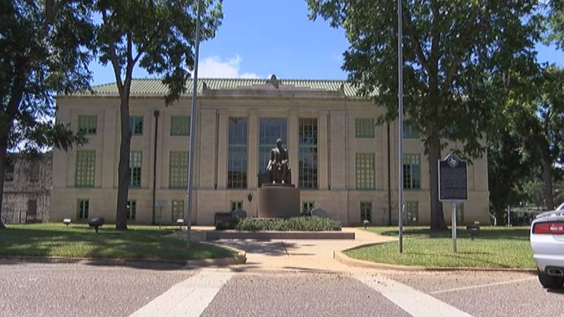 The San Augustine County Courthouse in San Augustine, Texas.