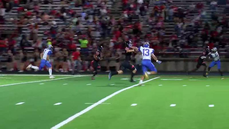 WATCH: Marshall's JQ Davis runs around Jacksonville defense and up the sideline for touchdown
