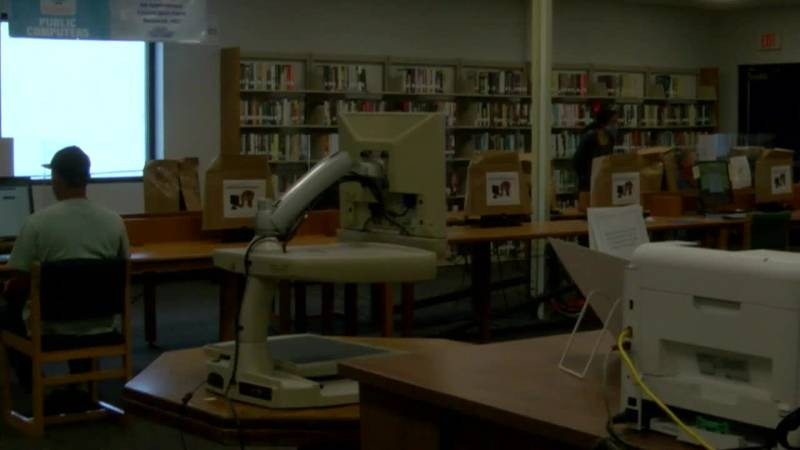 KTRE 9's Donna McCollum spoke to librarians about wearing several different hats during the...