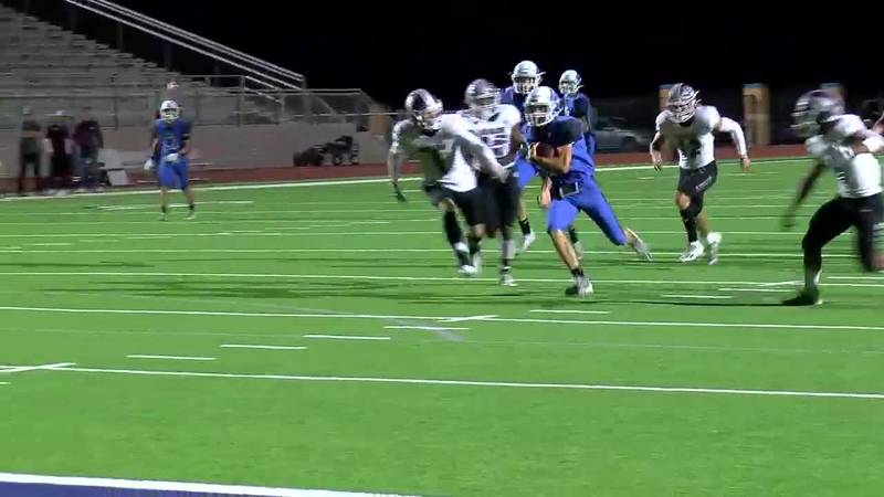 WATCH: Lindale's Clint Thurman breaks through Athens defense for a touchdown