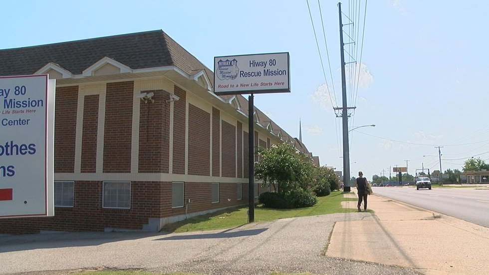 Hiway 80 Rescue Mission is located on Marshall Avenue in Longview. (Source: KLTV staff)