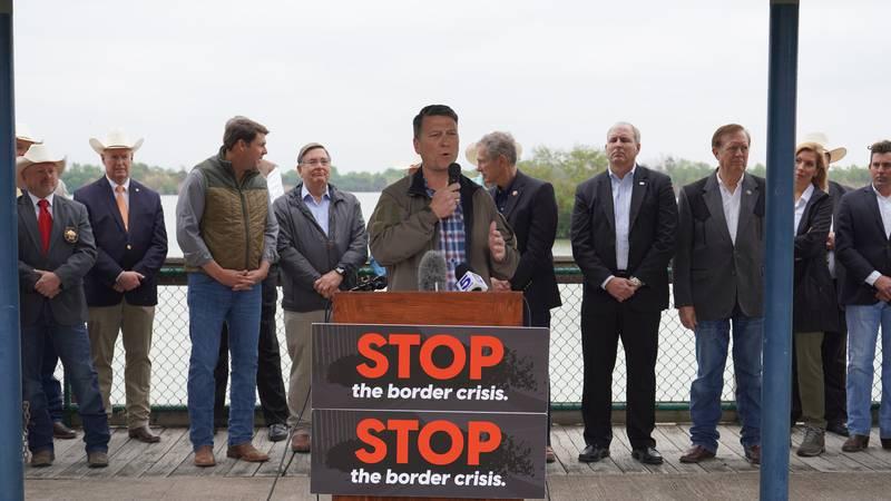 Rep. Ronny Jackson visits U.S.-Mexico border