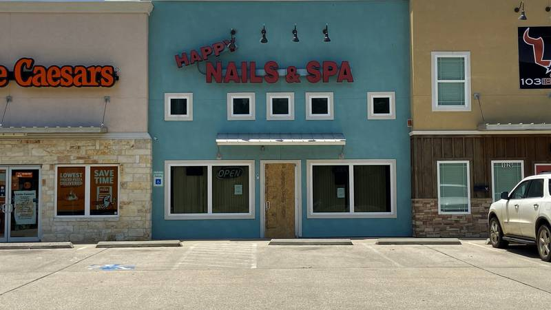 A battery pack is being blamed for a fire at an East Texas nail salon.
