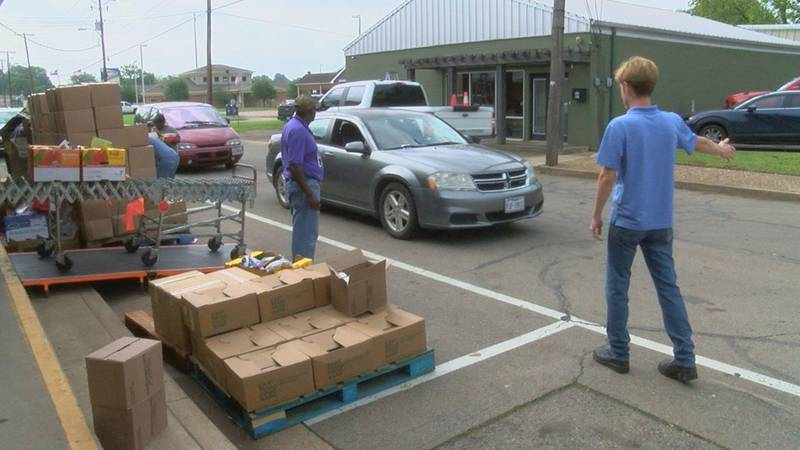 God's Closet in Pittsburg aims to fight hunger and give hope to people in need.
