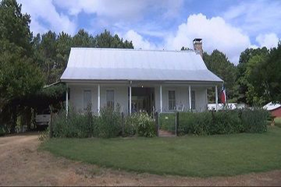 The homes feature a dogtrot style popular in the 1900's (Source: KTRE Staff)