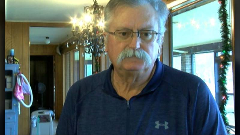 Purvis Young recalls the night that Dep. Chris Dickerson saved his wife from a house fire.
