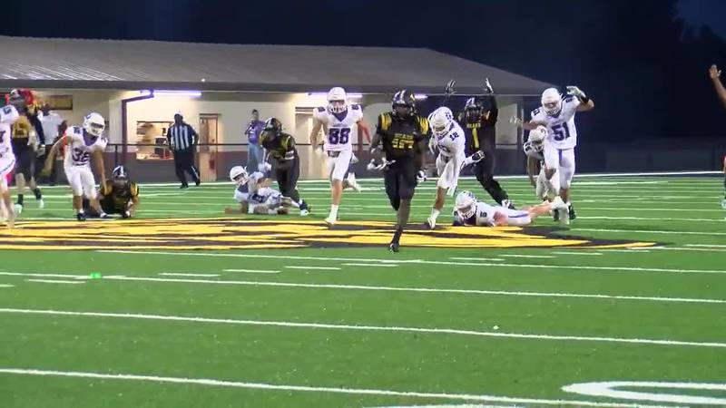 WATCH: Timpson's Terry Bussey runs kickoff return in for a touchdown